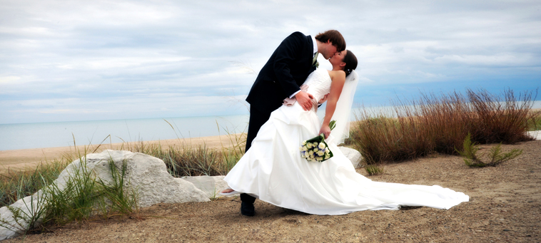 We Love Photographing Weddings At The Illinois Beach Resort In Zion Il Being A Photography Studio Chicago Know That Front Wedding Photos Are